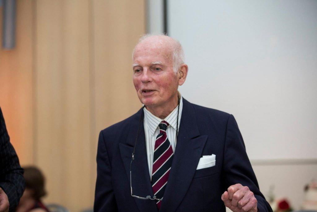 Dr. Julian Gwyn